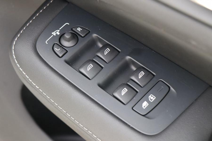 2019 Volvo S60 (No Series) MY20 T5 Inscription Sedan Image 17