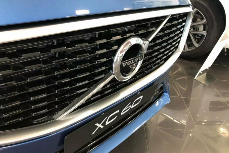 2018 Volvo XC60 UZ D5 R-Design (AWD) Suv Mobile Image 2