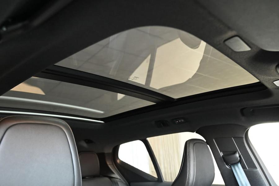 2020 MY21 Volvo XC40 XZ Recharge PHEV Suv Image 4