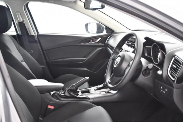 2014 Mazda 3 BM5478 Neo Hatch Image 10