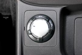 2017 Isuzu Ute D-MAX LS-U Utility - extended cab Mobile Image 17