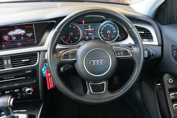 2014 Audi A4 B8 8K MY14 Sedan