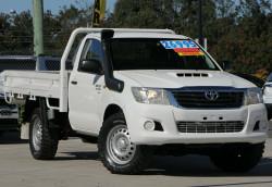 Toyota Hilux SR KUN26R MY14