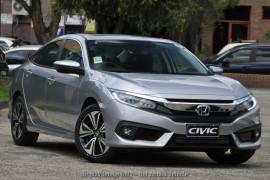 Honda Civic Sedan VTi-LX 10th Gen
