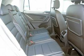 2018 MY19 Volkswagen Tiguan 5N Comfortline Suv