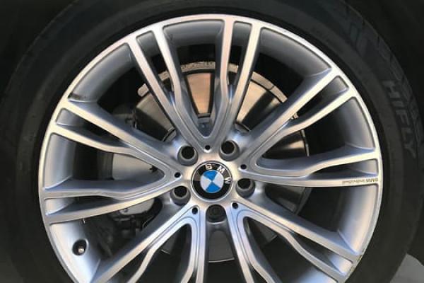 2015 BMW X5 Series F15 XDRIVE50I Wagon Image 3