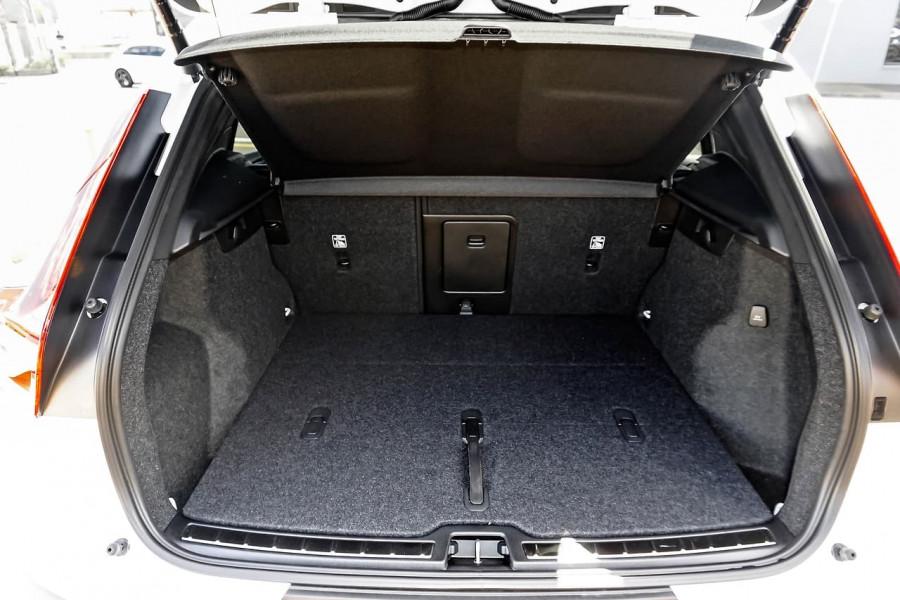 2020 MY21 Volvo XC40 XZ T4 Inscription Suv Image 18