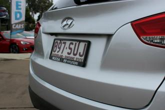 2010 MY11 Hyundai ix35 LM MY11 Highlander AWD Wagon Image 5