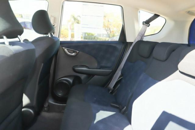 2013 Honda Jazz GE Vibe Hatchback Image 13