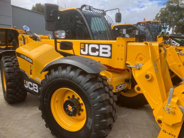 2021 JCB 560-80 TELEHANDLER AGRI SUPER