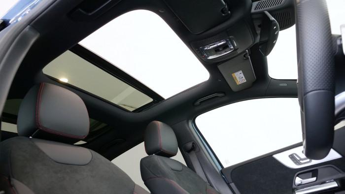 2020 Mercedes-Benz B Class Hatch Image 9