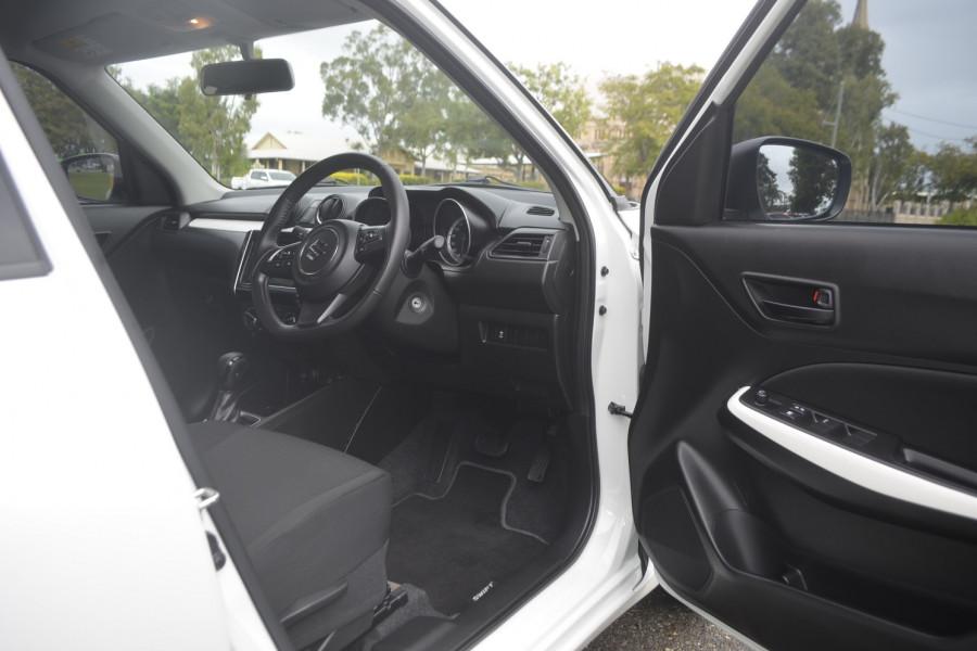 2019 Suzuki Swift AZ Navigator Hatchback