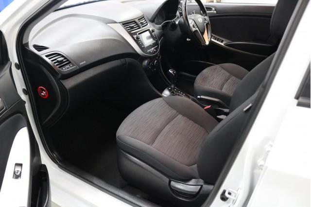 2018 MY19 Hyundai Accent RB6 MY19 SPORT Sedan Image 5