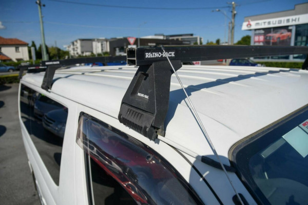 2015 Toyota HiAce KDH201R LWB Van Image 3