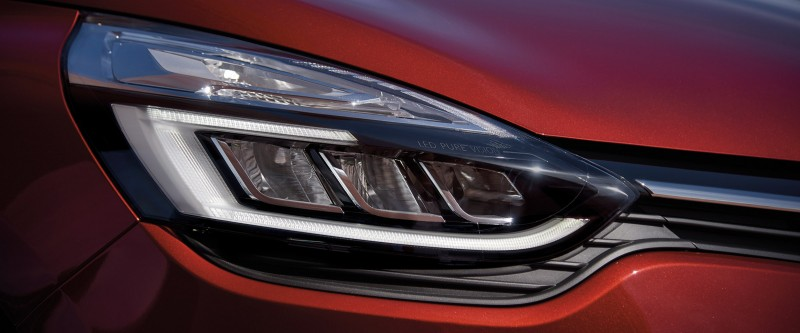 Clio C-shaped Pure Vision LED headlights
