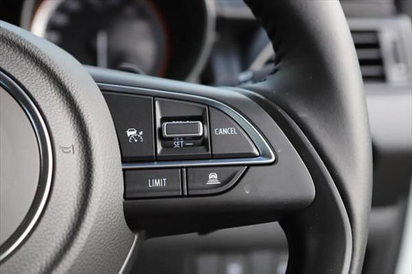 2020 Suzuki Swift AZ GLX Hatchback image 18