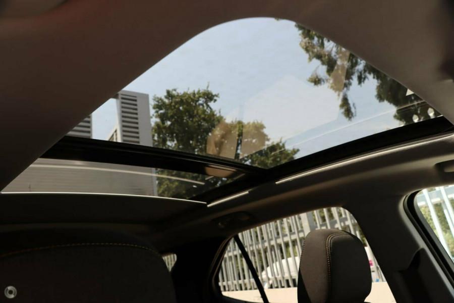 2019 MY20 Holden Equinox EQ Black Edition Suv Image 12