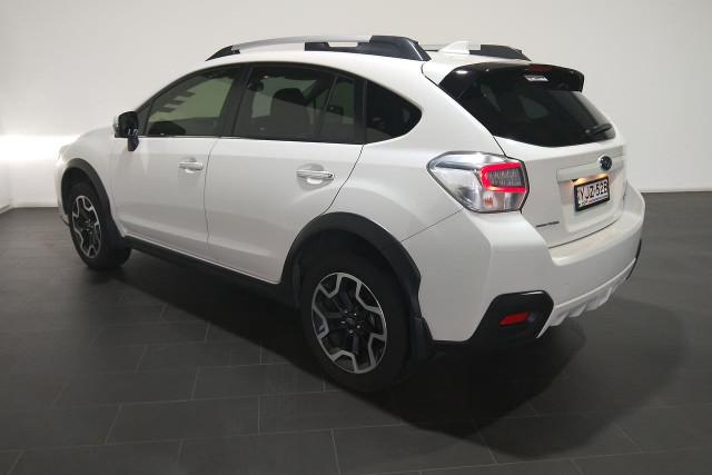 2016 Subaru Xv G4X 2.0i-S Suv Image 3