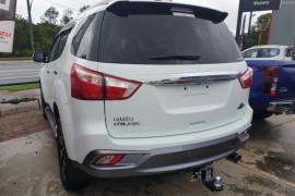 2019 Isuzu UTE MU-X LS-T 4x4 Wagon Mobile Image 3