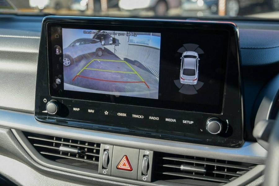 2021 MY22 Kia Cerato BD GT Hatchback Image 13