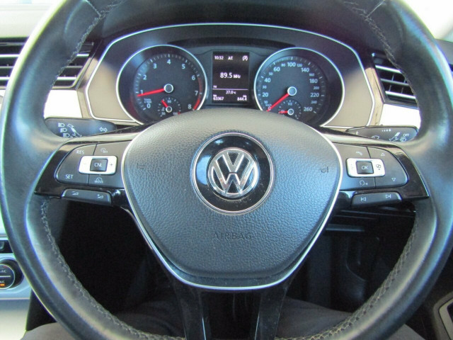 2015 MY16 Volkswagen Passat 3C (B8) MY16 132TSI DSG Sedan Mobile Image 11