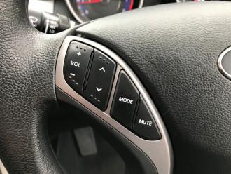 2012 Hyund Elantra MD Active Sedan