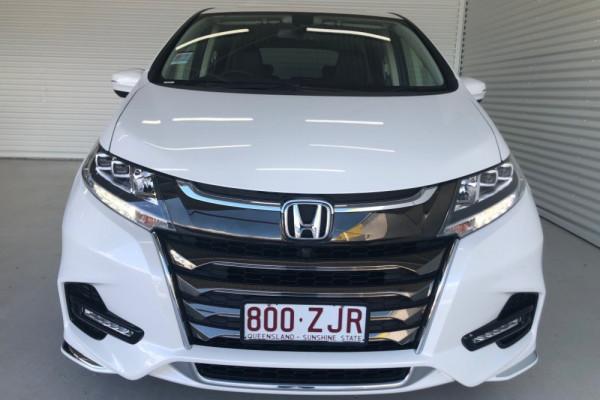 2019 Honda Odyssey 5th Gen VTi-L Van Image 3