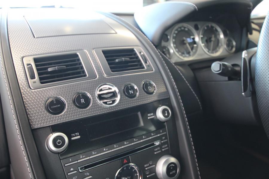 2010 Aston martin V8 MY10 Vantage Coupe Image 18