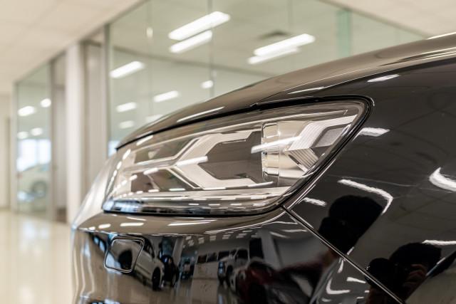 2016 MY17 Audi Q7 4M 3.0 TDI 160kW Suv Image 12