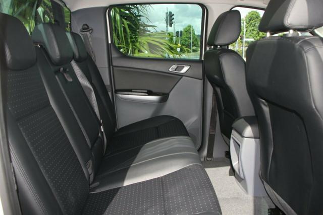 2020 MY19 Mazda BT-50 UR 4x4 3.2L Dual Cab Pickup Boss Cab chassis Image 5