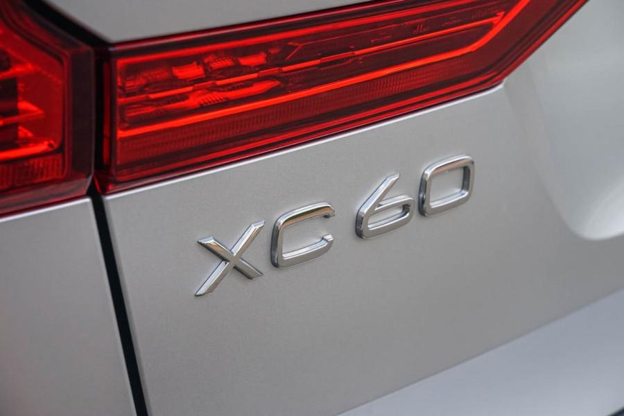 2019 Volvo XC60 UZ T6 R-Design Suv Mobile Image 11