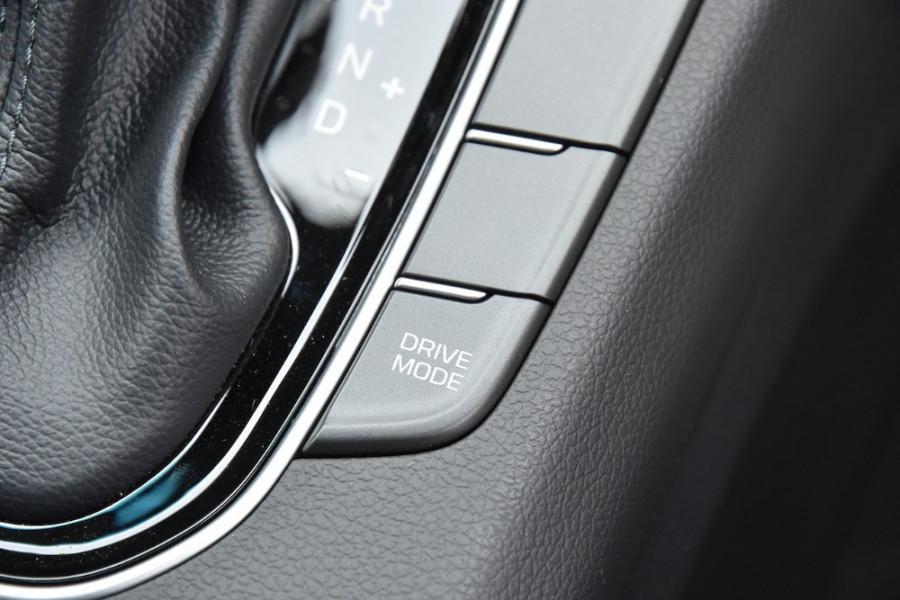 2019 Hyundai i30 PD2 Elite Hatchback Image 19