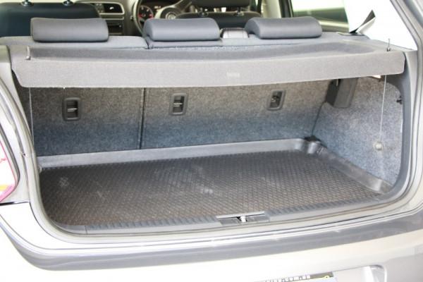 2011 Volkswagen Polo 6R MY11 66TDI Hatchback Image 4
