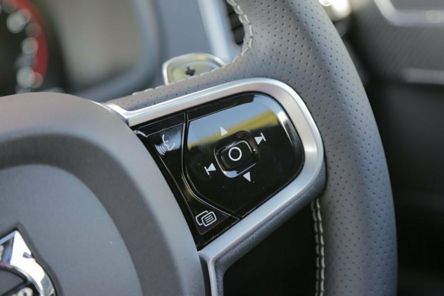 2018 Volvo XC90 L Series T6 R-Design Suv Mobile Image 13