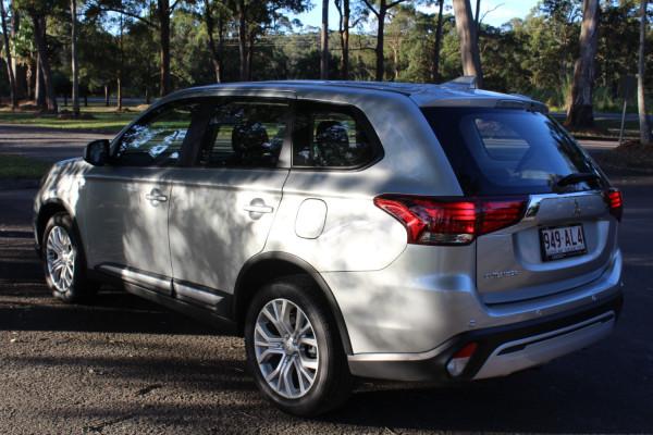 2020 MY21 Mitsubishi Outlander ZL ES Suv Image 5