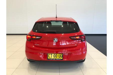 2019 Holden Astra BK Turbo R Hatchback Image 5