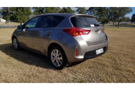 2015 Toyota Corolla ZRE182R Ascent Sport Hatch Image 5