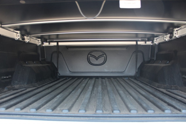 2019 Mazda BT-50 UR 4x4 3.2L Dual Cab Pickup Boss Cab chassis Mobile Image 16