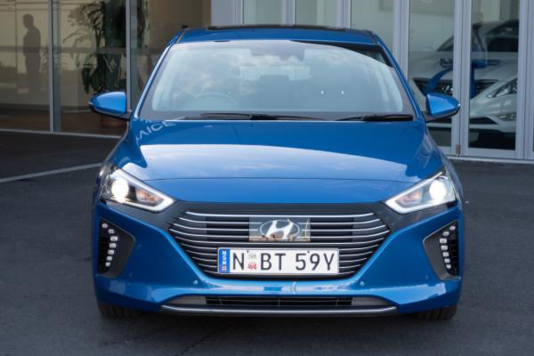 2018 MY19 Hyundai Ioniq AE.2 MY19 hybrid Image 2