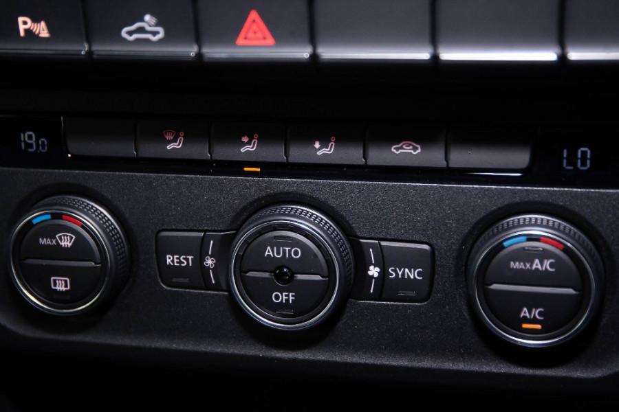 2019 MYV6 Volkswagen Amarok 2H Ultimate 580 Utility Image 13