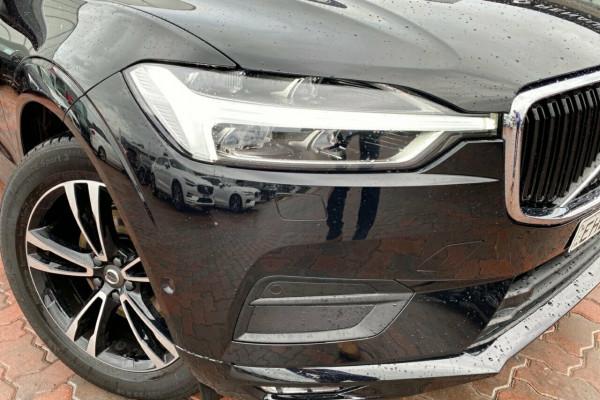 2019 MY20 Volvo XC60 UZ MY20 D4 AWD Momentum Suv Image 3