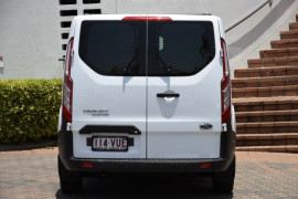 2015 Ford Transit Custom VN 330L Van Image 4