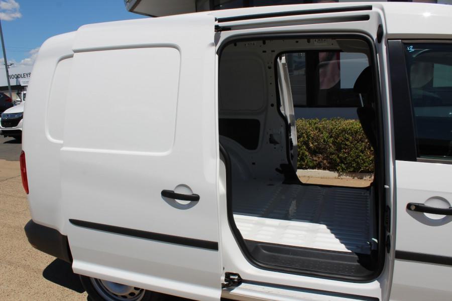2020 Volkswagen Caddy 2K Maxi Van Lwb van Image 10