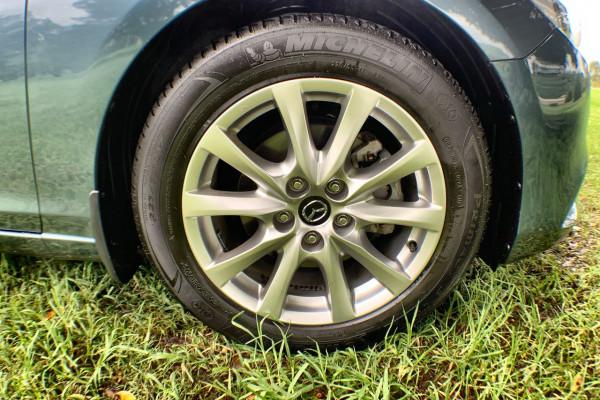 2016 Mazda 6 GJ1032 Touring Sedan Image 2