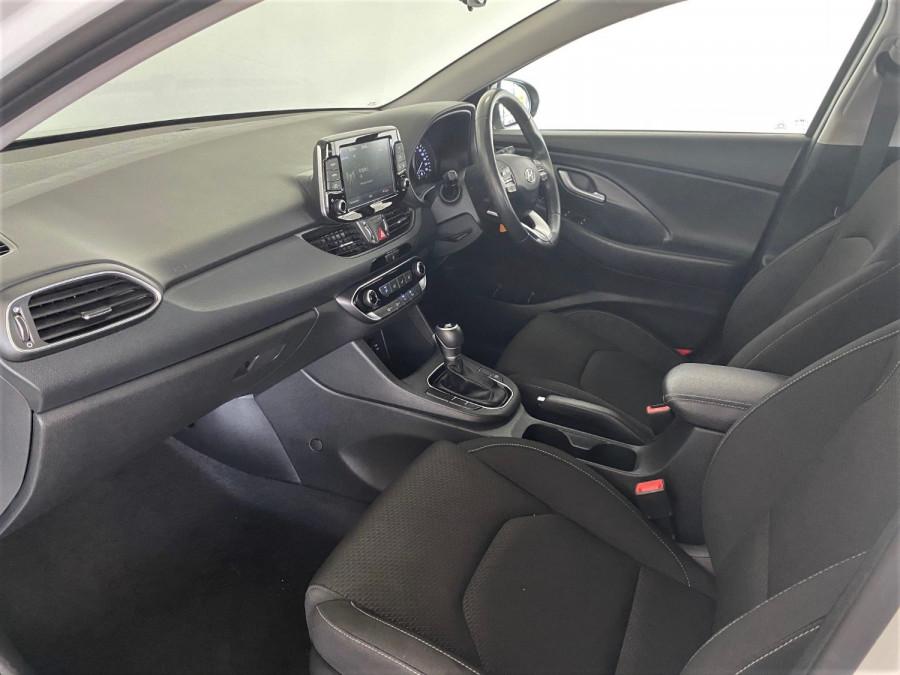 2018 Hyundai i30 PD Active Hatch Image 6