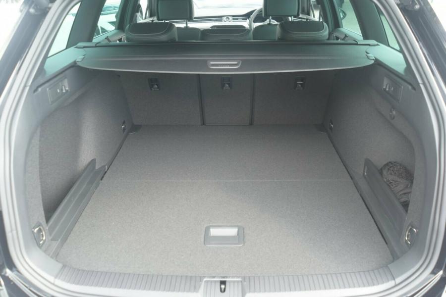2018 Volkswagen Passat Sedan 3C (B8) 206TSI R-Line Wagon