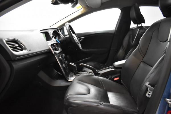2015 Volvo V40 (No Series) MY16 D4 Luxury Hatchback