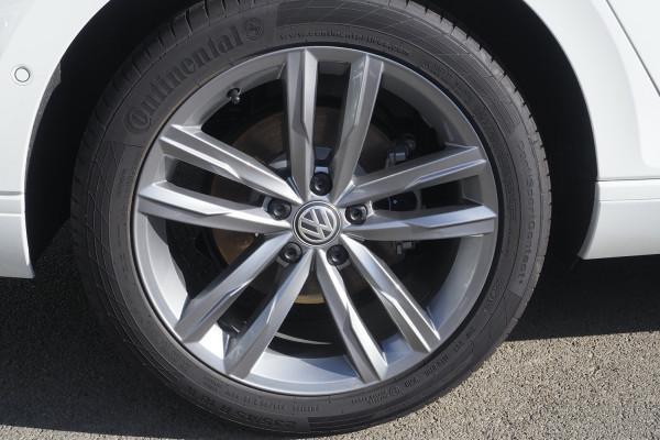2020 Volkswagen Passat B8 140TSI Business Wagon Image 3
