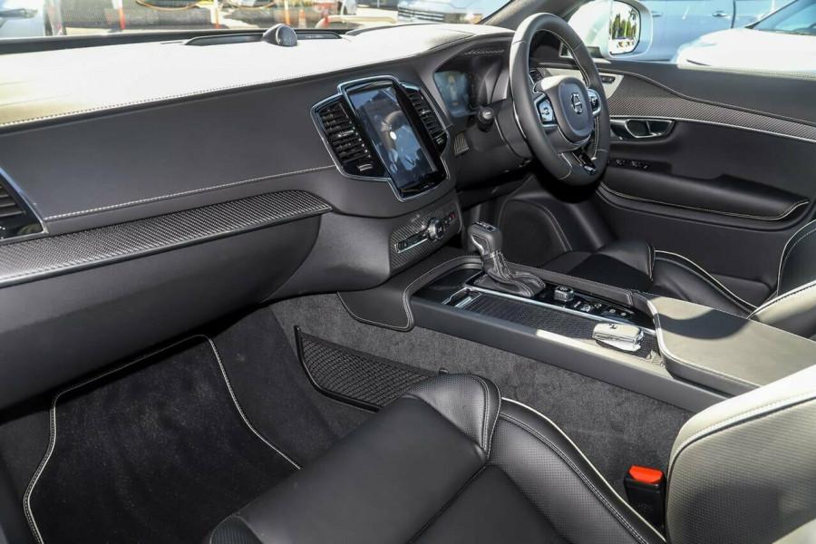2019 Volvo XC90 L Series D5 R-Design Suv Mobile Image 8