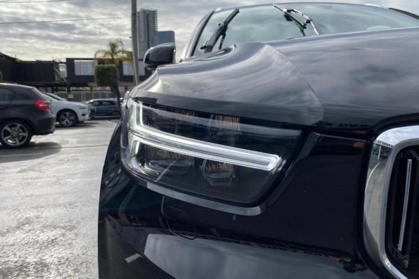2020 Volvo XC40 XZ T4 Inscription Suv Image 5